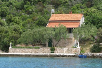 Secluded house Lavanda, Bay Krusevica - island Pasman